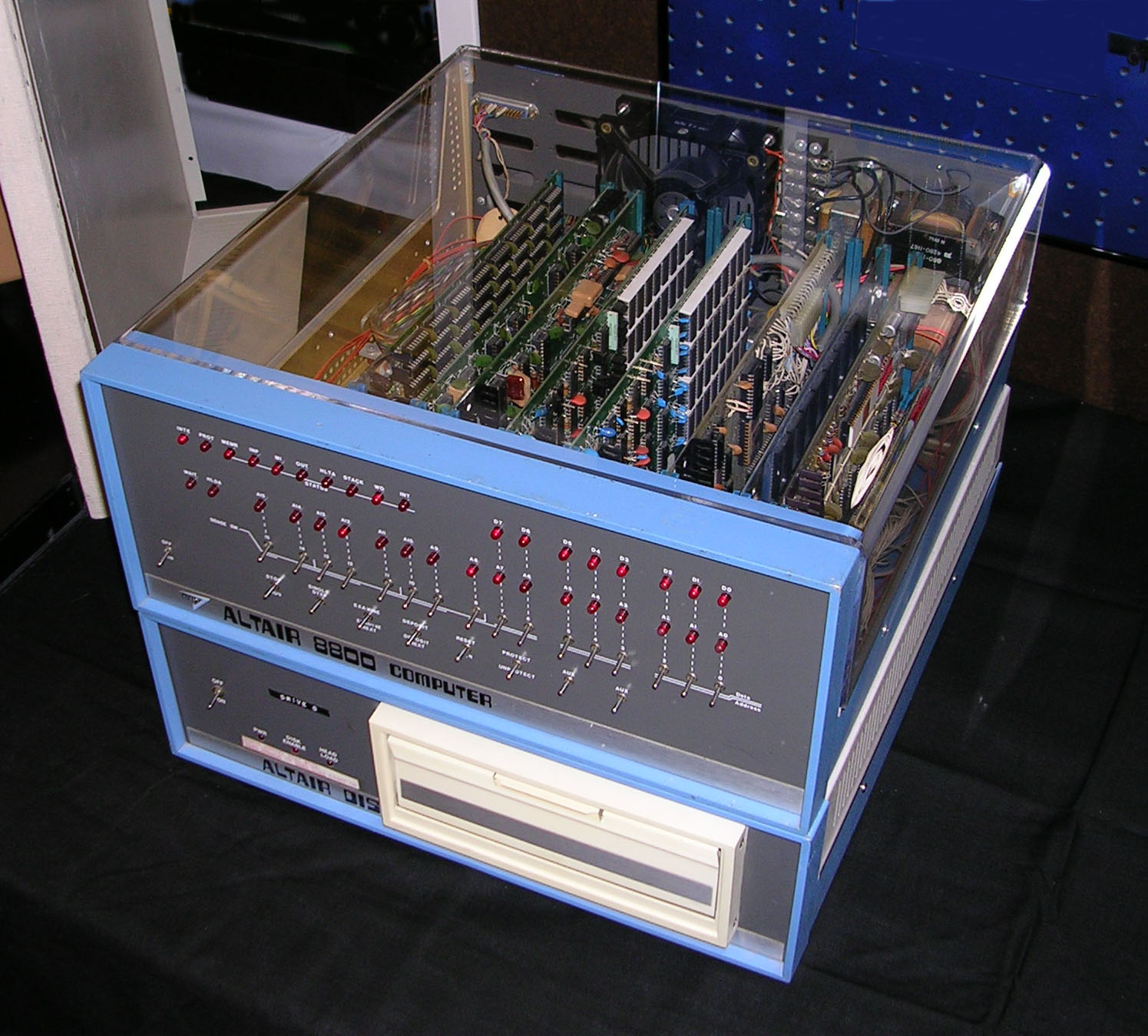 Самые интересные и необычные винтажные компьютеры